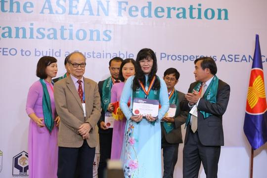Thêm 44 kỹ sư của EVNHCMC đạt chứng chỉ ASEAN - Ảnh 2.
