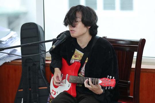Tùng Dương say mê luyện tập trước concert để đời - Ảnh 5.