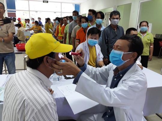 VWS chăm sóc sức khỏe cho người lao động - Ảnh 1.