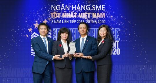 """BIDV tiếp tục là """"Ngân hàng SME tốt nhất Việt Nam"""" - Ảnh 1."""