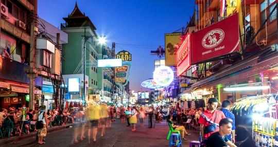 """Ấn tượng với những khu phố thương mại """"mở"""" trên khắp thế giới - Ảnh 4."""