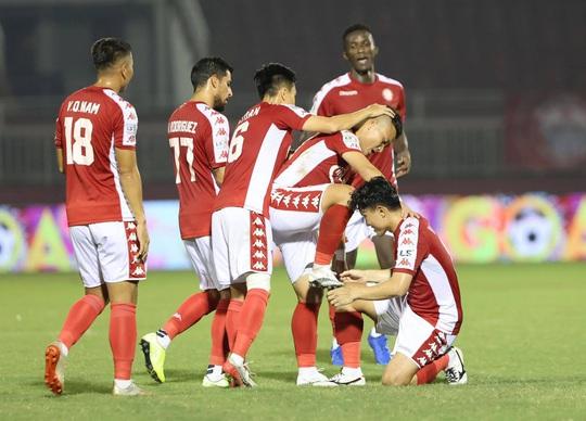 CLB TP HCM thắng kịch tính trước tân binh V-League - Ảnh 2.