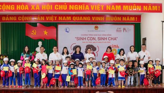 Generali đưa chương trình Sinh Con, Sinh Cha tới ĐBSCL, Tây Nguyên - Ảnh 1.