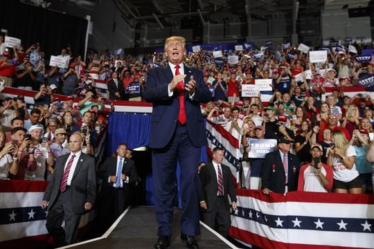 Những kịch bản giúp Tổng thống Trump lật ngược thế cờ - Ảnh 2.