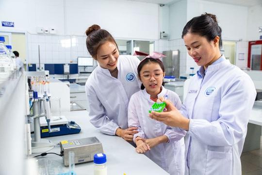 FrieslandCampina Việt Nam nhận giải thưởng trao quyền cho phụ nữ khu vực châu Á - Thái Bình Dương - Ảnh 4.