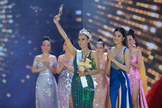 Lung linh với dàn sao đêm Chung kết Hoa khôi Du lịch Việt Nam 2020. - Ảnh 2.