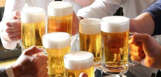 Đại gia ngành bia mất hơn 18% sản lượng vì Covid-19 - Ảnh 1.