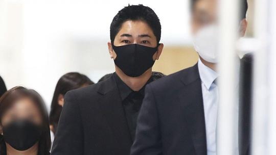 Nam diễn viên Kang Ji Hwan y án 3 năm tù treo vì tội tình dục - Ảnh 1.