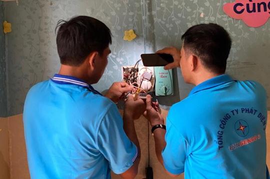 EVNGENCO 3 triển khai nhiều hoạt động hỗ trợ đồng bào miền Trung - Ảnh 3.