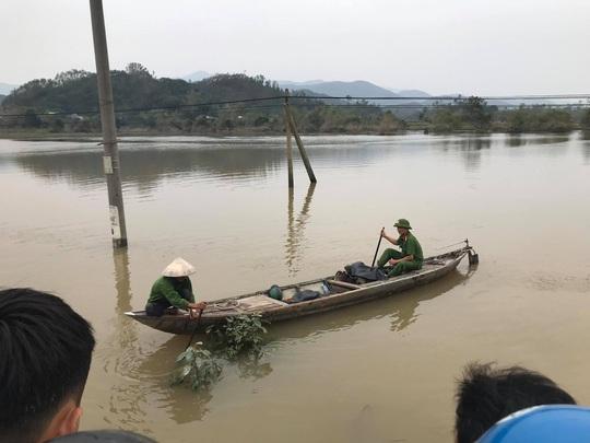 Tìm thấy thi thể thanh niên mất tích khi qua đường ngập nước - Ảnh 1.