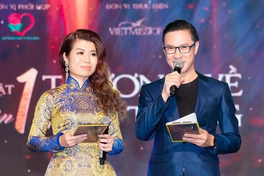 MC Anh Quân, diễn giả Thi Thảo dẫn dắt thành công đêm nhạc, quyên góp gần 4 tỉ đồng - Ảnh 4.