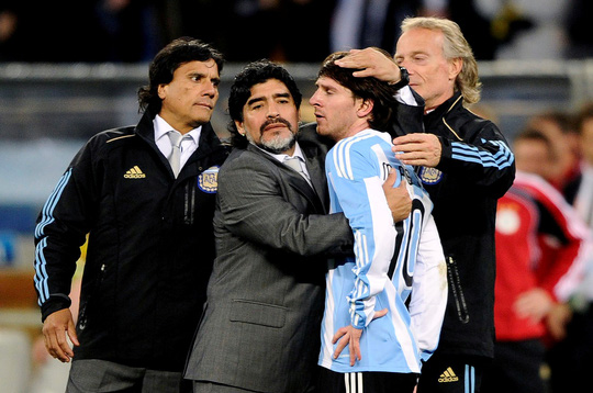 Cởi áo tri ân huyền thoại, Messi nộp phạt nóng 3.000 euro - Ảnh 6.