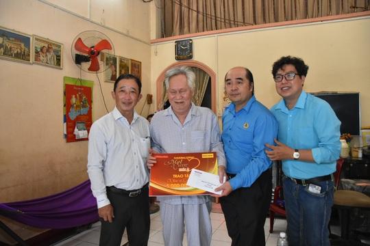 Mai Vàng nhân ái thăm hai nhạc sĩ Duy Khanh và Văn Dần - Ảnh 5.
