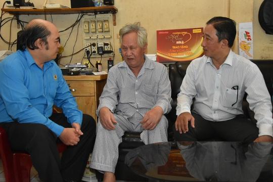 Mai Vàng nhân ái thăm hai nhạc sĩ Duy Khanh và Văn Dần - Ảnh 6.