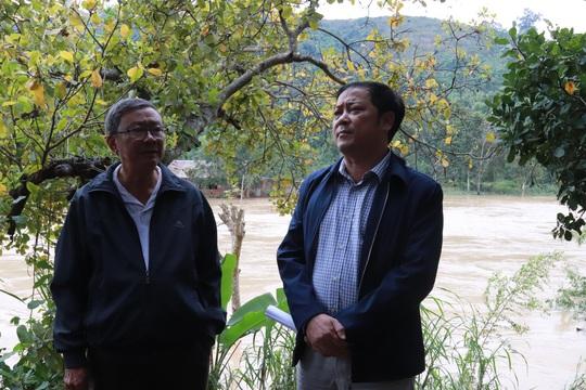 Thủy điện Buôn Kuốp xả lũ: Họp bàn giải pháp hỗ trợ người dân - Ảnh 5.