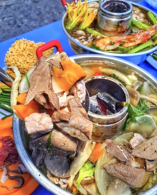 Gà mẹt và loạt món ngon đổi vị ngày mát ở TP HCM - Ảnh 12.