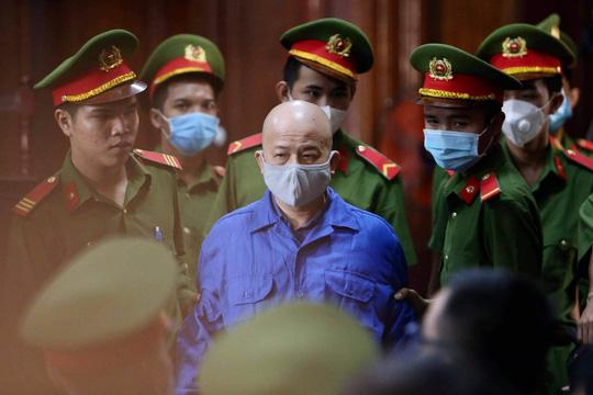 Xét xử ông Đinh La Thăng và đồng phạm: Luật sư đề nghị triệu tập thêm nhiều người - Ảnh 3.