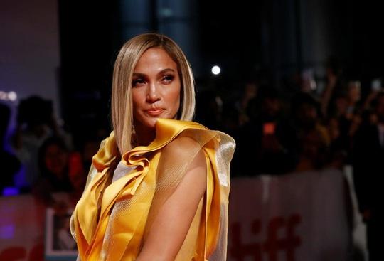 Jennifer Lopez xài 400 triệu USD thế nào ? - Ảnh 2.
