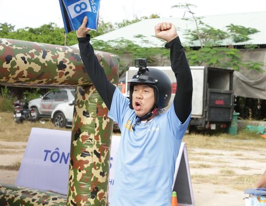 Xúc động hình ảnh cuối cùng của nghệ sĩ Chí Tài trong show truyền hình giúp người bất hạnh đổi đời - Ảnh 6.