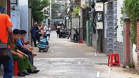 Nổ súng loạn xạ ở Tiền Giang: Đình chỉ công tác 4 sĩ quan công an Mỹ Tho - Ảnh 1.