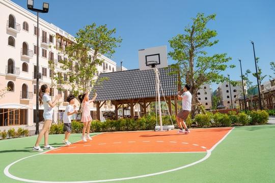 Lên thành phố, Phú Quốc lột xác với khu đô thị kiểu mẫu đầu tiên - Ảnh 4.
