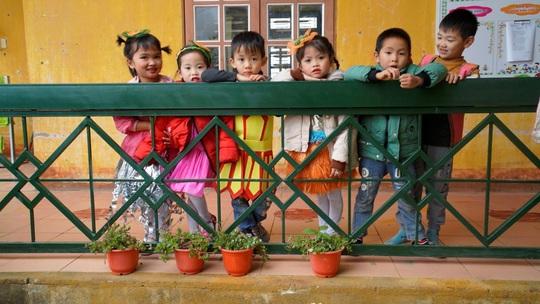 Sơn La: Tiếp sức cho trẻ vùng cao đến trường - Ảnh 2.