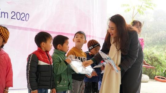 Sơn La: Tiếp sức cho trẻ vùng cao đến trường - Ảnh 9.