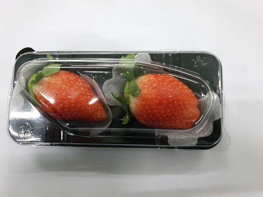 Ra mắt tiệc buffet tráng miệng cao cấp với chủ đề dâu tây Hàn Quốc - Ảnh 2.