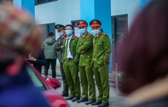 CLIP: Quang Hải không đá chính, vắng cổ động viên trận đội tuyển Việt Nam - U22 - Ảnh 4.