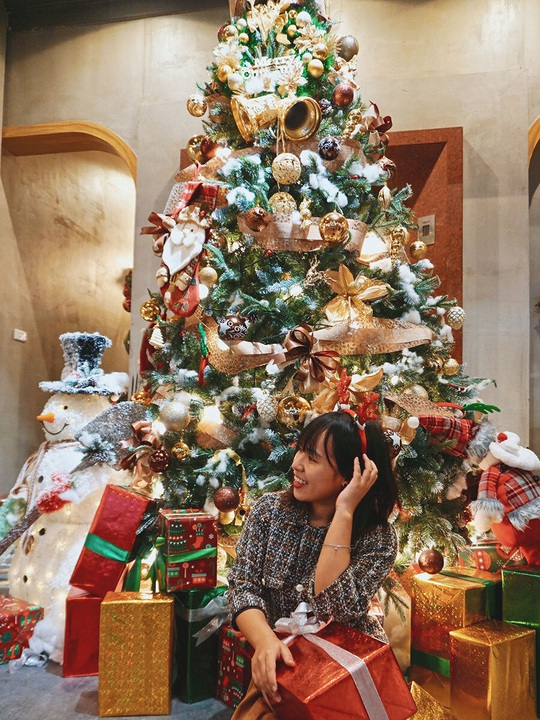 Check-in 8 quán cà phê đẹp mùa Giáng Sinh - Ảnh 6.