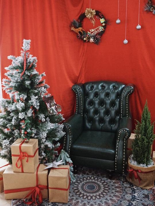 Check-in 8 quán cà phê đẹp mùa Giáng Sinh - Ảnh 8.