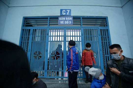 CLIP: Quang Hải không đá chính, vắng cổ động viên trận đội tuyển Việt Nam - U22 - Ảnh 10.