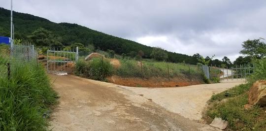 Hàng chục căn nhà trái phép mọc lên sát núi Voi ở Lâm Đồng - Ảnh 4.