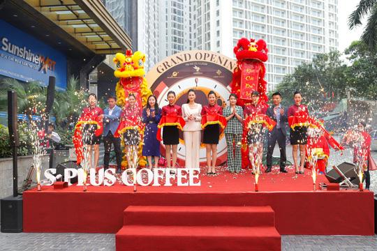 Chính thức khai trương cơ sở 3, S-Plus Coffee hứa hẹn là điểm đến lý tưởng tại Mỹ Đình - Ảnh 1.