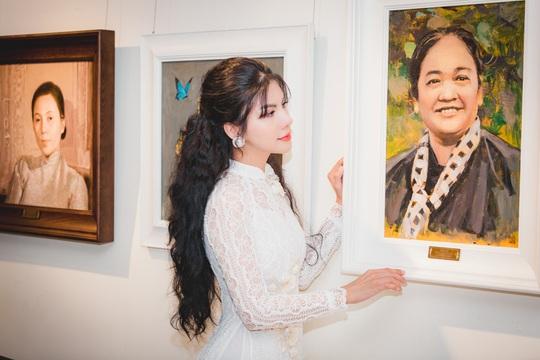 Hoa hậu Loan Vương khâm phục những đoá hồng trong tuyến đầu chống dịch - Ảnh 3.