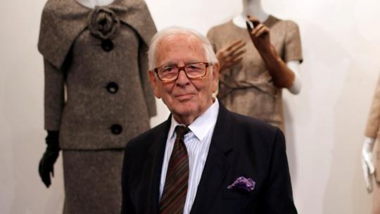 Nhà thiết kế danh tiếng Pierre Cardin qua đời - Ảnh 1.