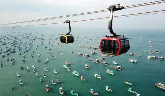 Đảo ngọc bước vào mùa đẹp nhất năm, dân du lịch, giới đầu tư đều phát sốt - Ảnh 2.