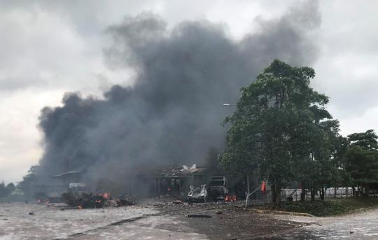 Hiện trường vụ cháy nổ kinh hoàng khiến 8 người thương vong - Ảnh 6.