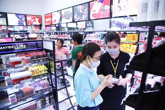 AB Beauty World tham gia bình ổn giá khẩu trang y tế - Ảnh 3.