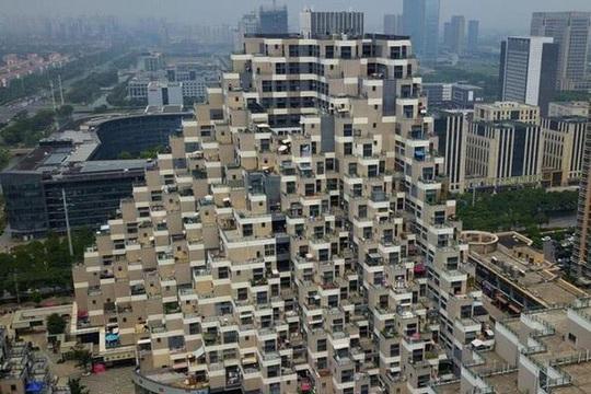Vẻ độc đáo của những chung cư kim tự tháp ở Trung Quốc - Ảnh 1.
