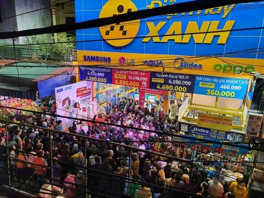 Thế Giới Di Động ngoạn mục đi qua đại dịch Covid, mở rộng thần tốc: 6 tháng 300 shop Điện máy Xanh supermini và 50 Bluetronics tại Campuchia - Ảnh 2.