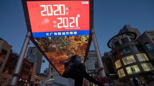 Chào năm 2021: Giao thừa lạ lùng ở nhiều nơi trên thế giới - Ảnh 17.