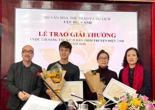 Đạo diễn làm phim nào cũng có giải thưởng giành giải nhì cuộc thi kịch bản - Ảnh 1.