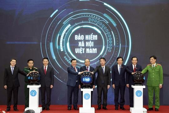 Mức đóng BHYT của Việt Nam chỉ bằng 1/4 Thái Lan - Ảnh 2.