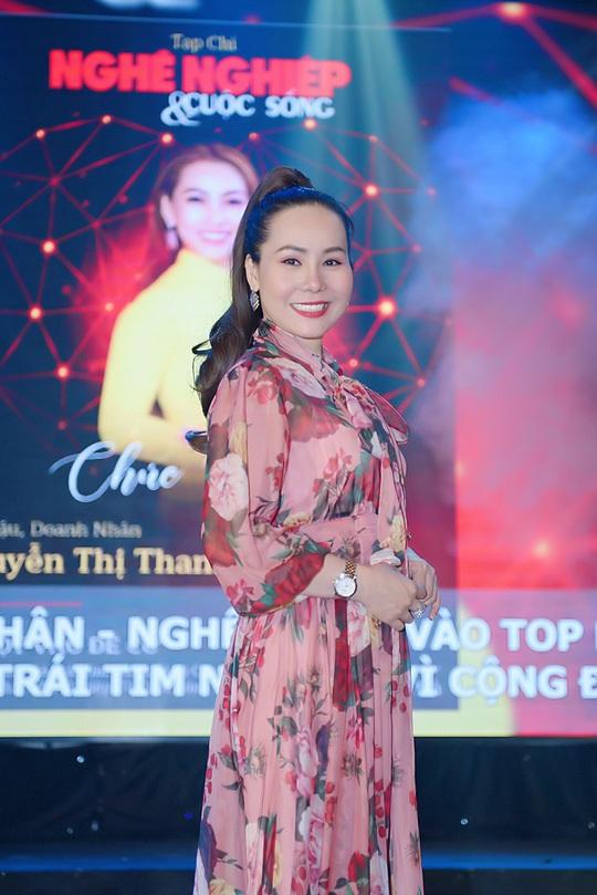 Nữ hoàng doanh nhân Ngô Thị Kim Chi giản dị nhưng tỏa sắc trong đêm Vinh danh Trái tim nhân ái - Ảnh 6.
