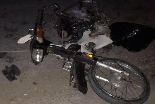 Ôtô tông chết người đi xe máy rồi rời khỏi hiện trường, rơi biển số 36A-533.66 - Ảnh 1.