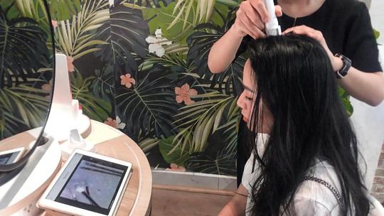 Bí quyết chăm sóc tóc đẹp mỗi ngày tại nhà - Ảnh 2.