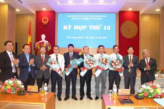 Khánh Hòa có 2 tân phó chủ tịch UBND tỉnh - Ảnh 2.