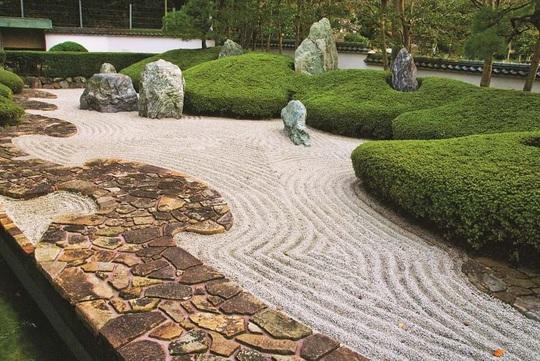 Nghệ thuật mô phỏng trong vườn Thiền - Ảnh 2.