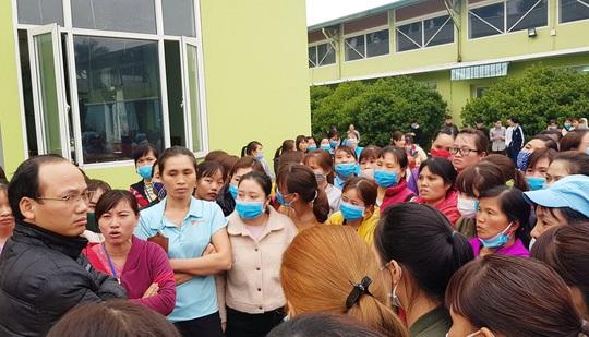 Gần 1.000 công nhân đã trở lại làm việc khi Công ty TNHH YG Vina thu hồi quyết định sa thải 5 công nhân - Ảnh 1.